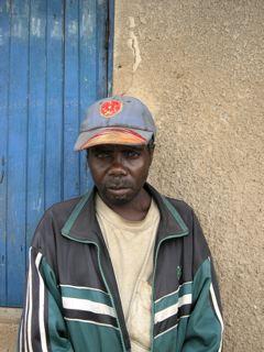 Batwa elder, Simako