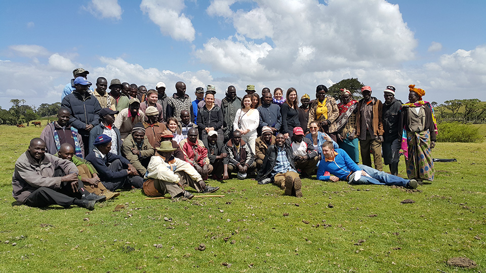 Group shot of Sengwer community and European journalists