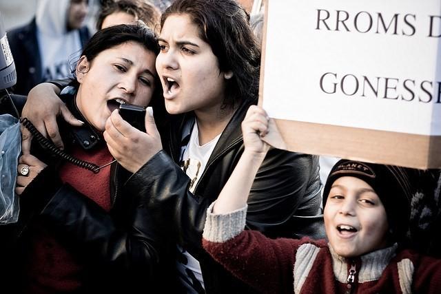 Roma communities protest in Paris. Credit: Philippe Le Royer